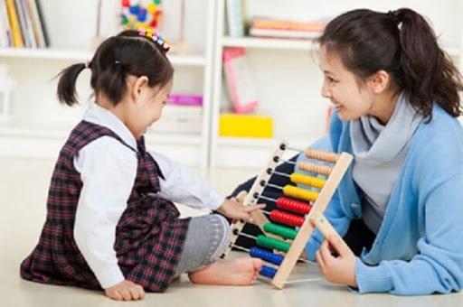 dạy trẻ em tự kỷ