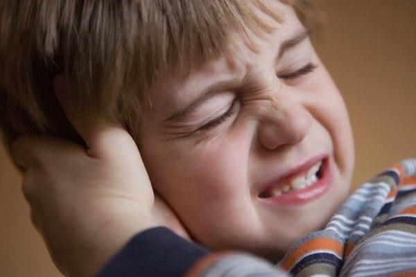 viêm tai giữa gây tiêu chảy